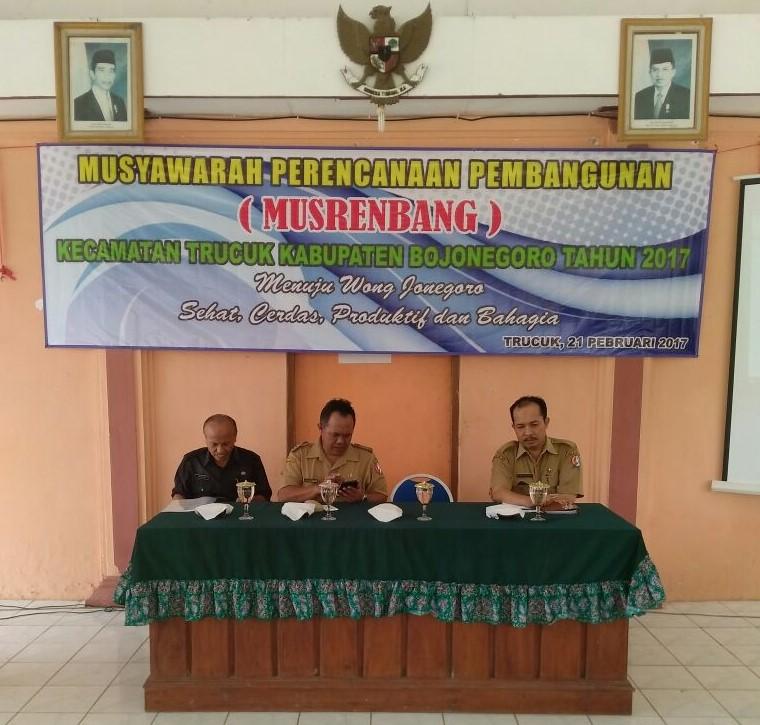 Pelaksanaan Musrenbang 2017 di Kecamatan<BR>Musrenbang di Kecamatan Trucuk yang diFasilitasi oleh BAPPEDA, BPMPD dan Dinas Teknis
